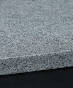 Diamond-White-Granite-Fine-Grain-Pencil-Edge